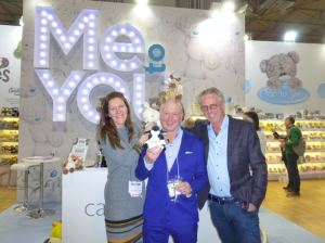 Carte Blanche's Julia Andrews with the company's founder Steve Haines (right) and PG's Warren Lomax on the company's stand at Spring Fair.