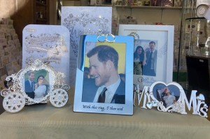 Forget Me Knot's display highlights different wedding cards and photo frames.