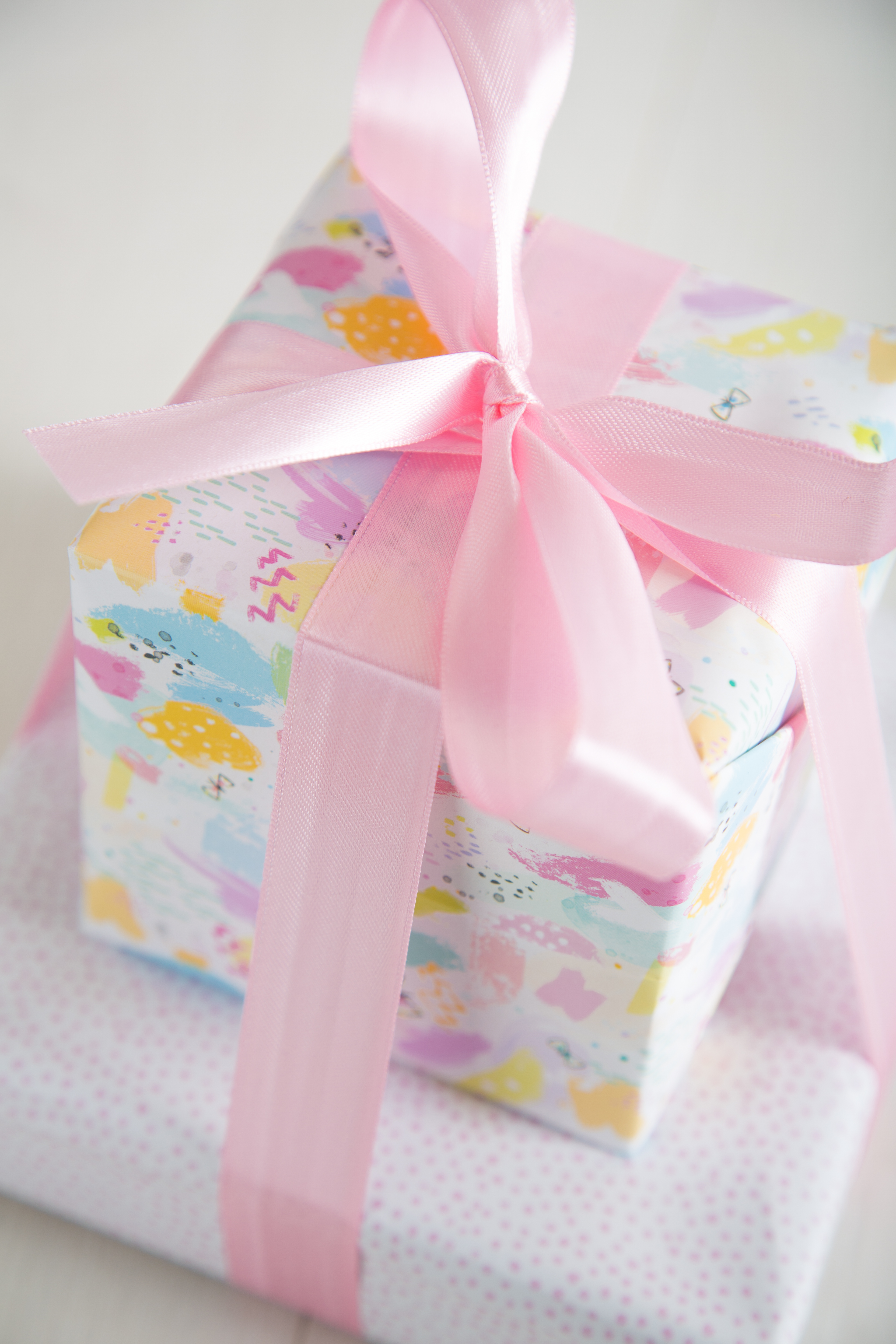 Hallmark brings giftwrap production back to the UK | PG Buzz