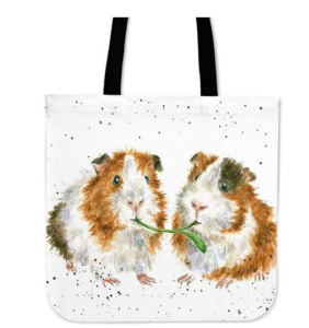 A Wrendale design that appeared on the GearPassio website on a tote bag until Briffa sent the cease and desist letter.