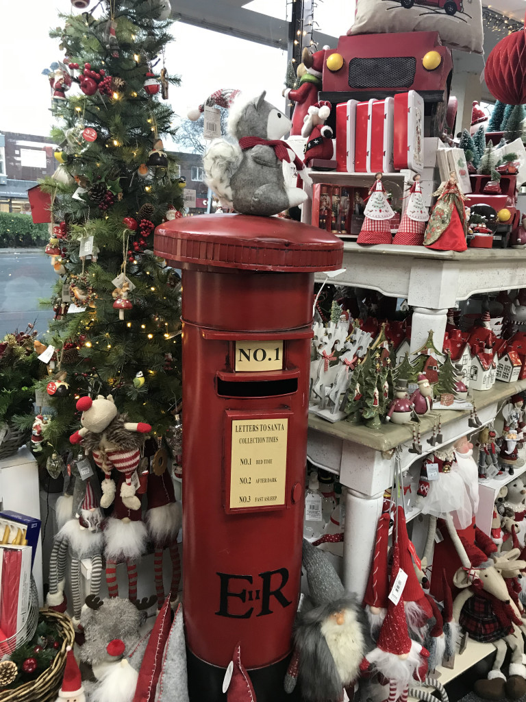 Above: Forget me Not in Stubbington went for it on its festive displays.