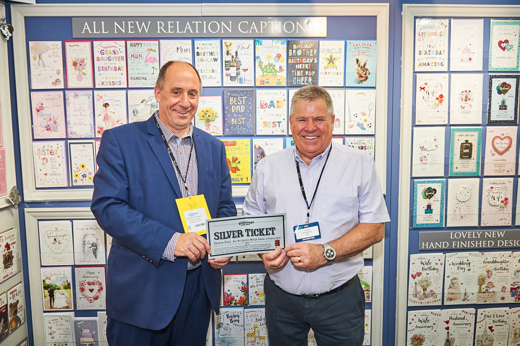 Above: Mark Goshawk (left) was given the pleasure of spending Cardzone's Silver Ticket with IC&G, which the publisher's sales director, Tony Roberts was only too happy to receive. Tony and Mark both worked together at UKG for many years.