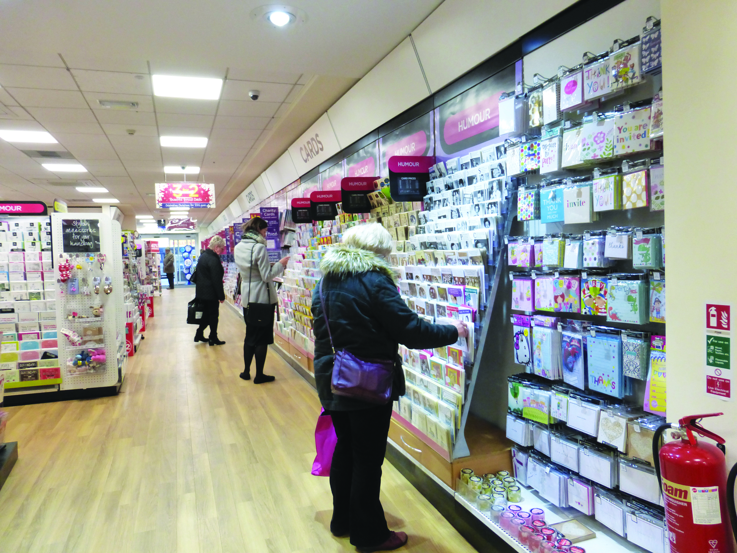 Above: A quarter of all cards stocked by WHS have always been sold unwrapped, but that percentage has increased considerably.
