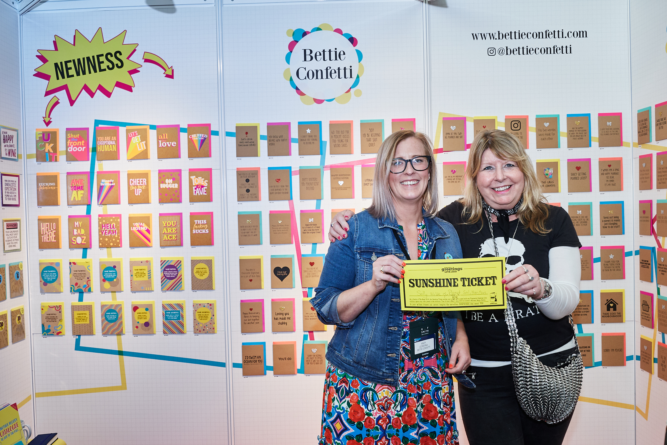 Above: Sally Wilde (right) was delighted to spend her Sunshine Ticket (for being a Retas 2019 finalist) with Bettie Confetti at the recent PG Live exhibition.