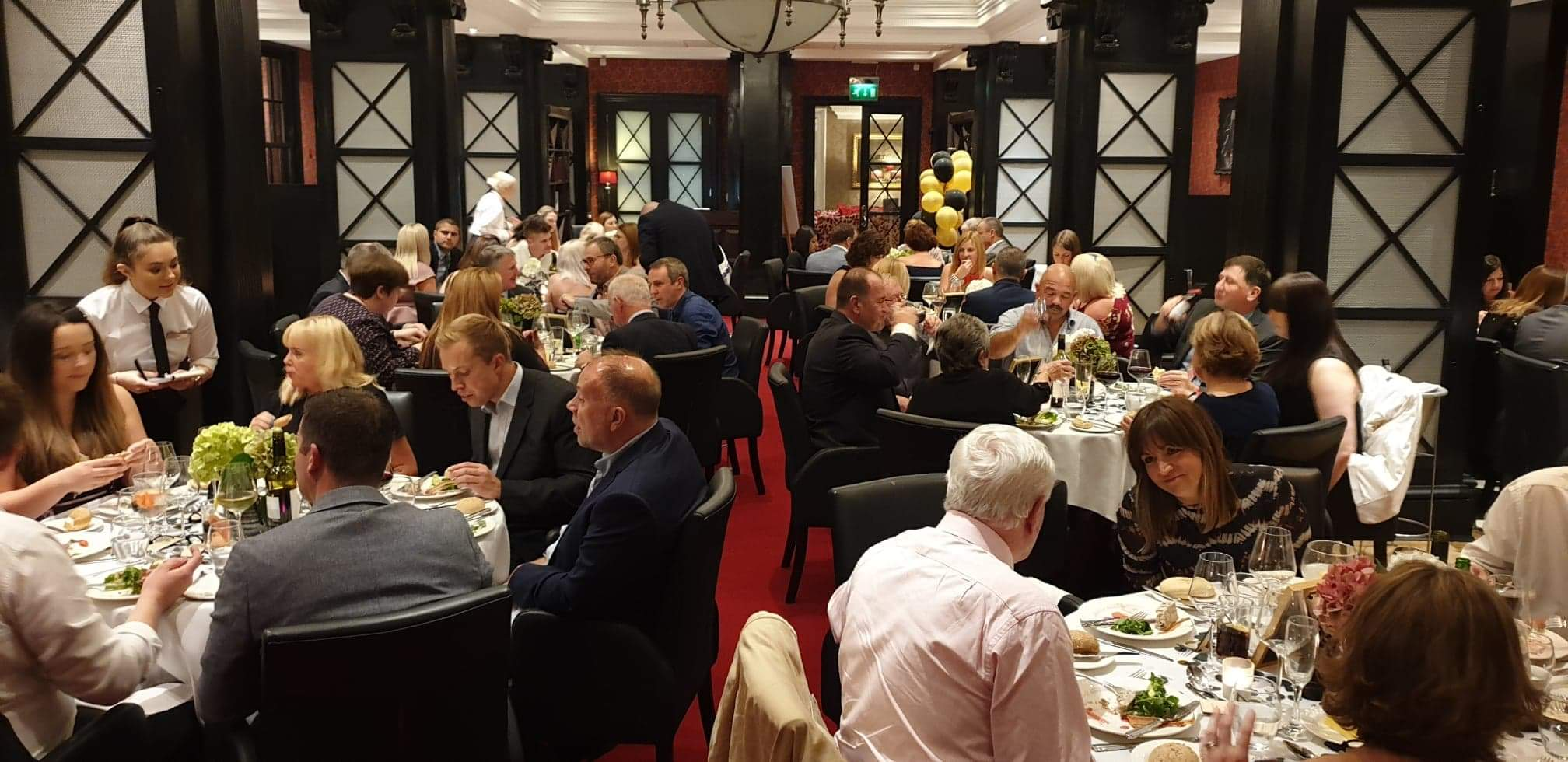 Above: The seminar and Gala Dinner gave Gold Crownies and invited guests (which included Paul and James Taylor of Cardzone) a good opportunity to network and share ideas.