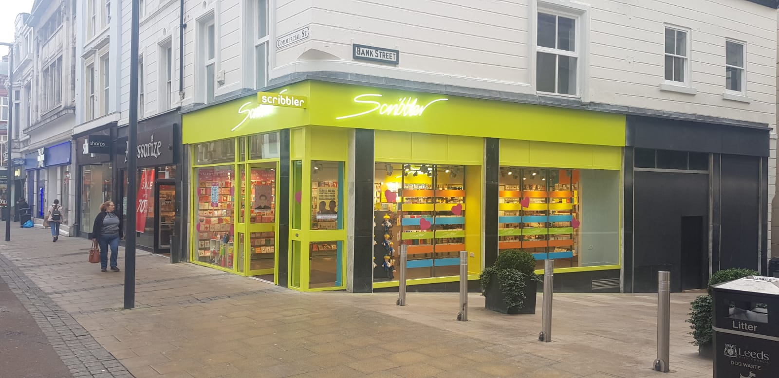Above: The corner sited store means that customers are attracted to the well-lit windows from both directions.
