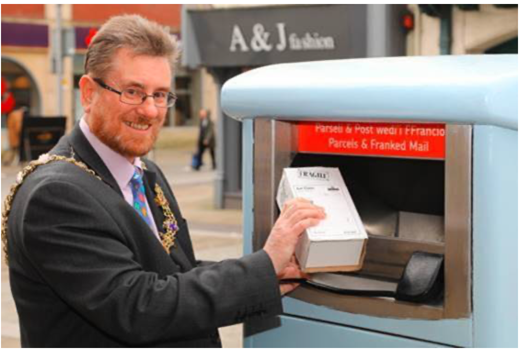 Above: The Mayor of Swansea using the special parcel postbox.