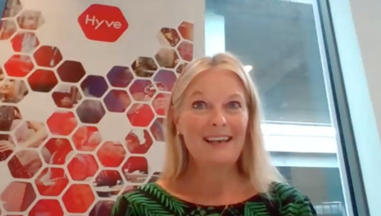 Above: Julie Driscoll, UK regional director of Hyve Group officially opening Autumn Fair @ Home this morning.