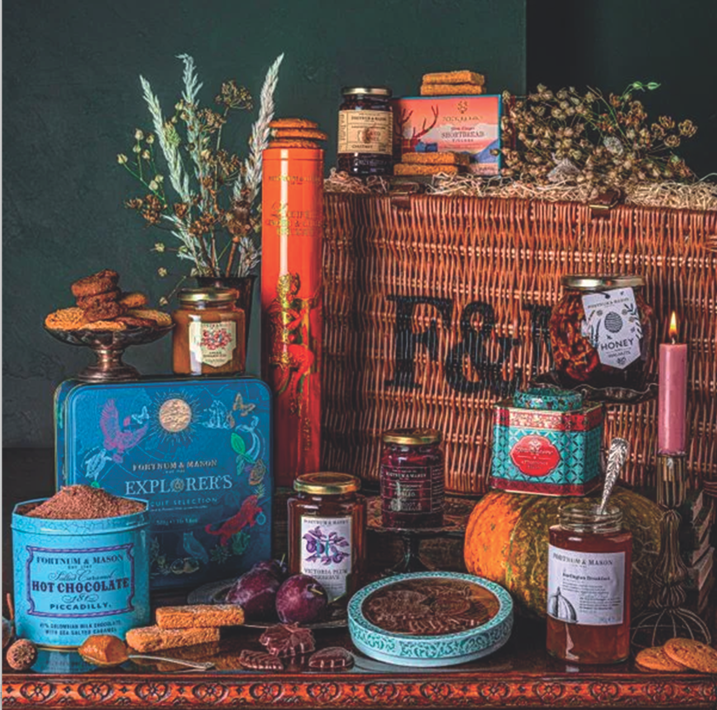 Above: The Autumnal F&M hamper is an option for retailers opting for a 14m display by end of December.