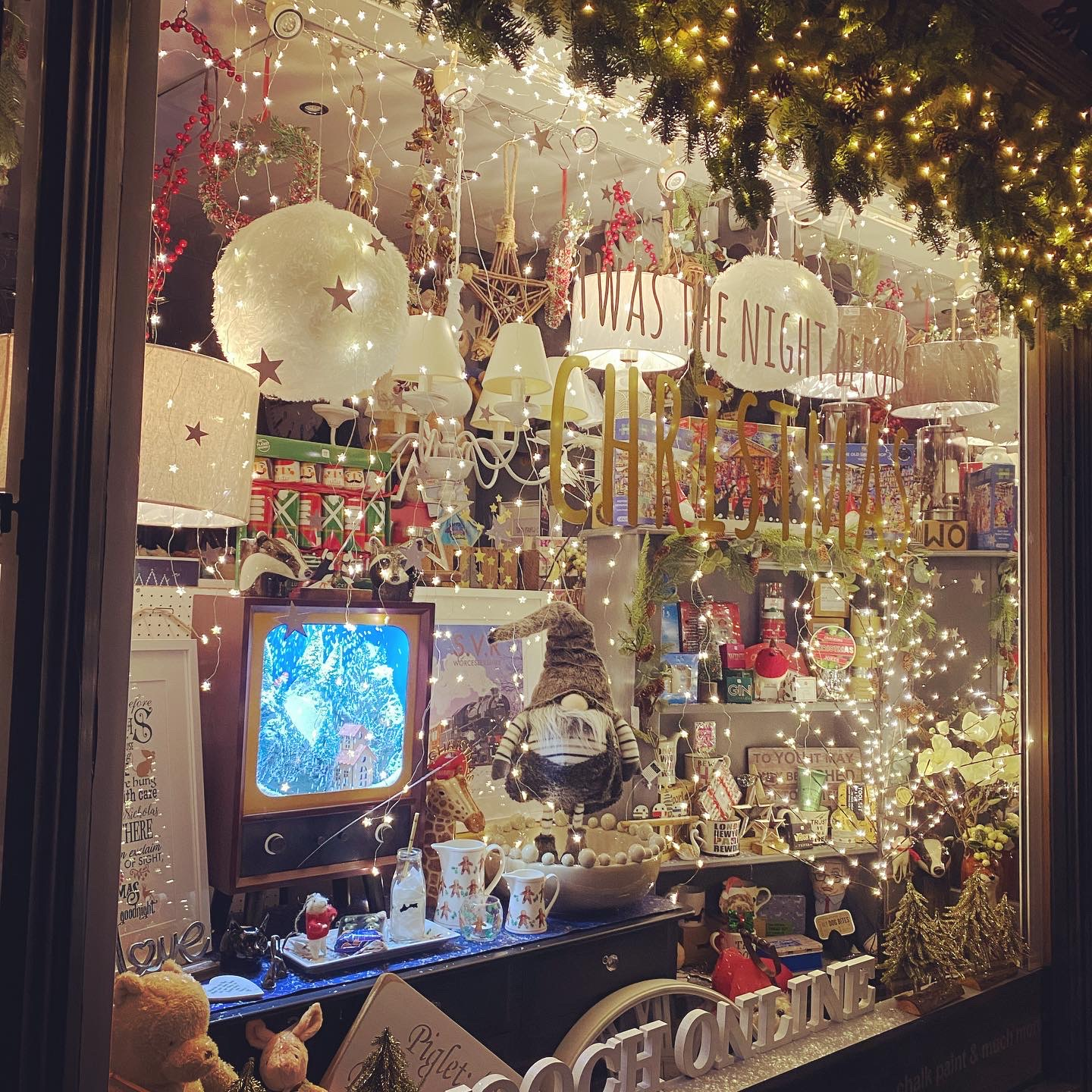 Above: An arresting window display from Mooch.
