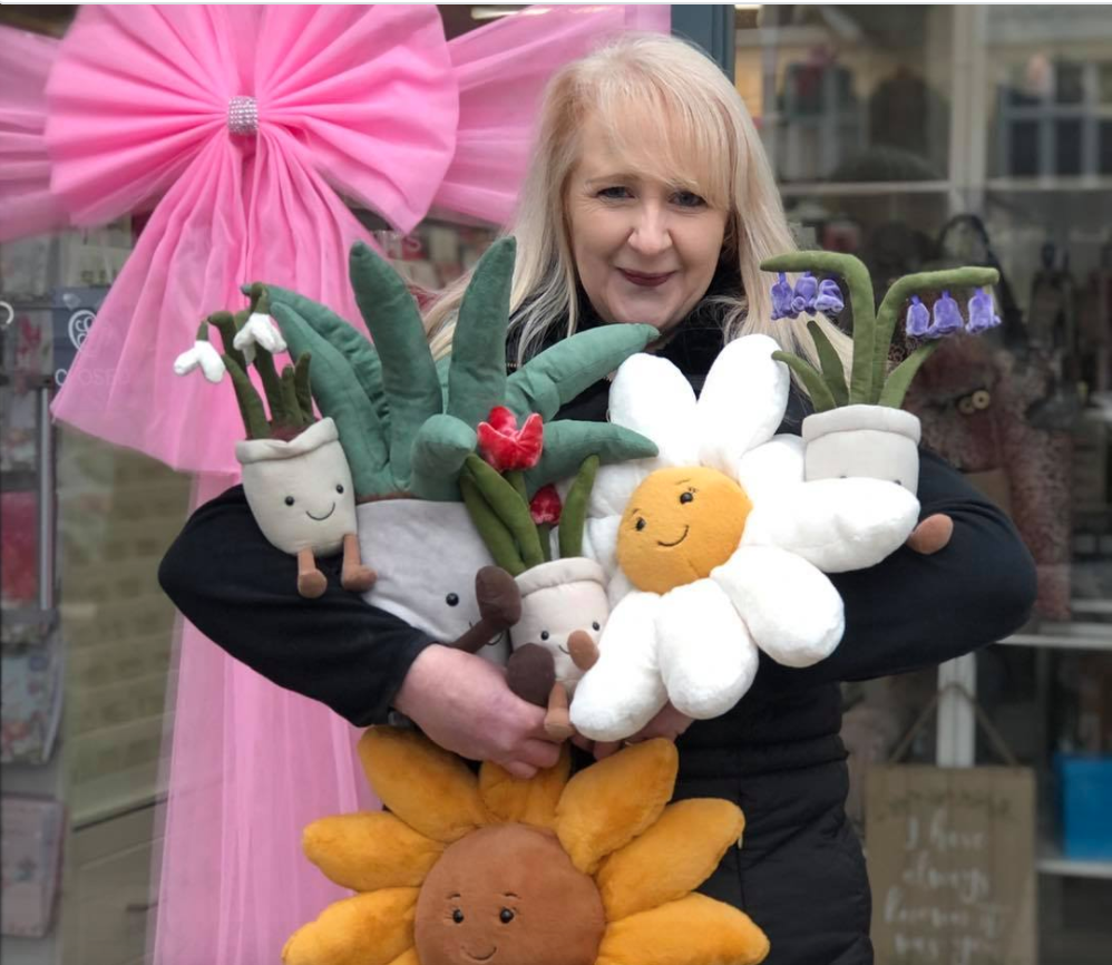 Above: Kaye with an armful of Amuseables.