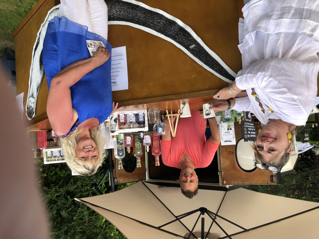 Above: Woodmansterne's Caroline Lawson (right) with PG's Jakki Brown, about to enjoy a free G&T, courtesy of Harrogate Tipple which was served on the lawn outside the DP marquees every day of the show from 5pm.