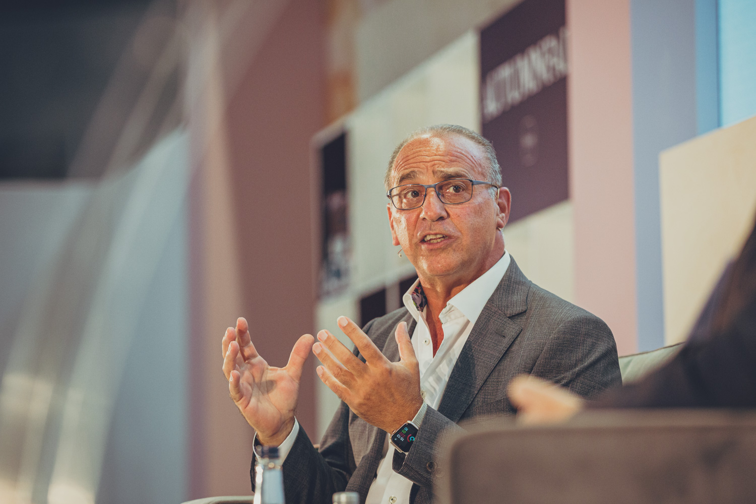 Above: Theo Paphitis on the Inspiring Retail stage at the show.